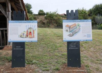 Saint-Lézer : panneaux 11 et 12